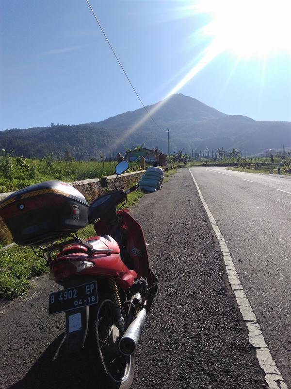 jalur gunung lawu